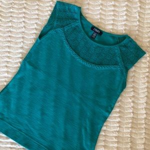 2/$20 Womens green cotton Chaps top w/ lace detail